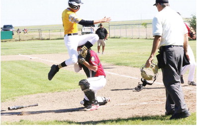'Jackets Host Independence Day Triangular